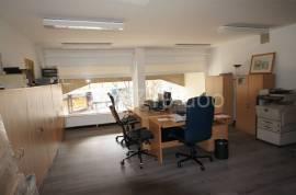 opremljen kancelarijskiprostor u naselju Grbavica, 35 m2, 35 , Iznajmljivanje, Sarajevo – Novo Sarajevo