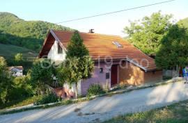 Kuća u Semizovcu, 180 , Vogošća