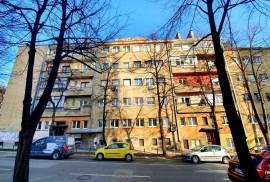 Hippie house - prodaja, dvoiposoban stan, Marijin Dvor, Sarajevo, 57 , Sarajevo – Centar