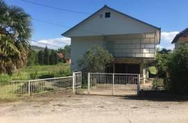 Prodaje se kuća na sprat u mjestu Dretelj , Čapljina