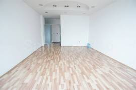 Poslovna zgrada, kancelarije i skladište,1386 m2, Sarajevo – Novi grad
