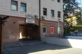 Izdaje se poslovni prostor od 60m2 kod Palate pred, 60 , Iznajmljivanje, Banja Luka