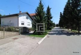 Starosjedilac - samostojeća kuća, prodaja, Lužani, 250 , Ilidža