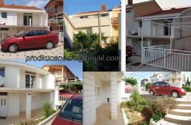 Prodajem duplex stan p+pt 142m2 sa zemljištem 44m2, 142 , Neum