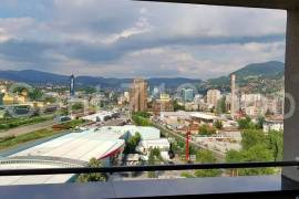 Izdajem dvosoban stan, Sarajevo – Novo Sarajevo