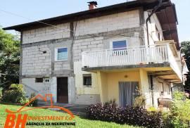 Prostrana trospratna porodična kuća, Batva, Tuzla, Tuzla