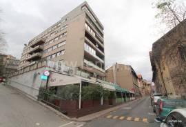 Jer ti si došla s druge strane svijeta - trosoban stan, najam, Centar, 75 , Sarajevo – Centar